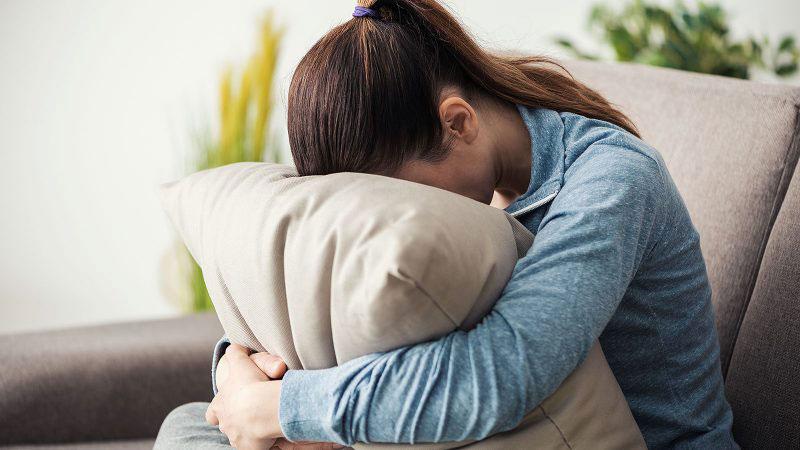کاهش میل جنسی در اثر اختلال عملکرد هورمون ها