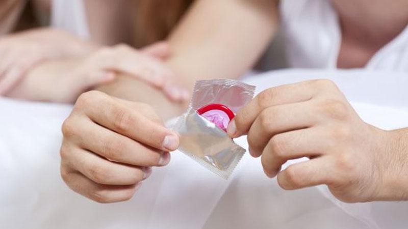 کاندوم زنانه چیست؟